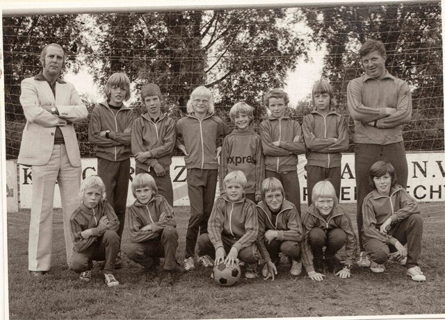 team_1975